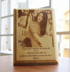 Tranh gỗ khắc chân dung ( 15*20*1 ) cm