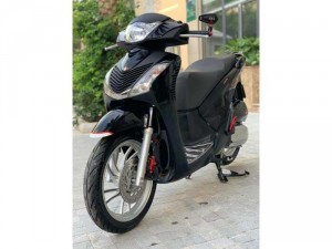 Bán SH Việt 125 Full nhập 2016 màu đen đẹp miễn chê- Biển Hà Nội.