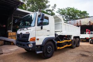2018-12-13 14:38:08  3 Khuyến mãi mua xe tải Hino FL 15 tấn thùng ben, trả trước 100 triệu giao xe trong ngày - Gọi 0978015468 (MrGiang 24/24) Xe tải Hino FL 15 tấn thùng ben, trả trước 100 triệu giao xe trong ngày 850,000,000