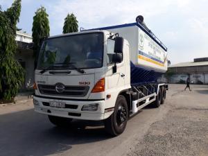 2018-12-13 14:49:11  3 Giá xe bồn Hino FL chở cám gia súc 24 khối - Gọi 0978015468 (MrGiang 24/24) Xe bồn Hino FL chở cám gia súc 24 khối 860,000,000