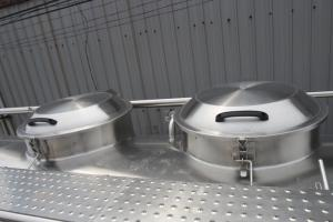 2018-12-13 15:06:14  5 Xe bồn chở sữa, chở dầu thực vật Hino FL 16 khối - Gọi 0978015468 (MrGiang 24/24) Xe bồn chở sữa, chở dầu thực vật Hino FL 16 khối 950,000,000