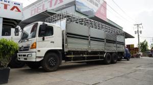 2018-12-13 15:16:27  6 Xe tải Hino FL 16 tấn thùng chở heo, gia súc 3 tầng có bửng nâng hạ - Gọi 0978015468 (MrGiang 24/24) Xe tải Hino FL 16 tấn thùng chở heo, gia súc 3 tầng có bửng nâng hạ 950,000,000