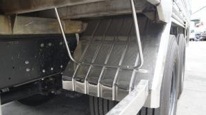 2018-12-13 15:16:27  3 Xe tải Hino FL 16 tấn thùng chở heo, gia súc 3 tầng có bửng nâng hạ - Gọi 0978015468 (MrGiang 24/24) Xe tải Hino FL 16 tấn thùng chở heo, gia súc 3 tầng có bửng nâng hạ 950,000,000