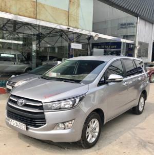Innova 2.0E 2017, màu bạc, xe cá nhân, xe cực đẹp