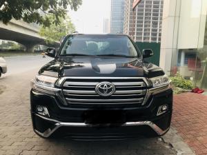 Bán Toyota Land Cruise 4.6 V8 màu đen,nội thất kem,sản xuất và đăng ký 2016,xe cực đẹp,có hóa đơn VAT