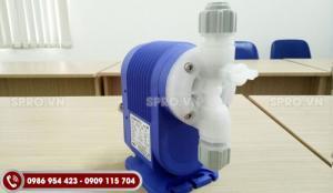 Giá bán máy bơm định lượng Nikkiso 10 PVDF Nhật Bản