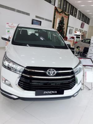 Bán Xe Toyota Innova Venturer 2018 Giảm Tiền Mặt - Tặng Phụ Kiện