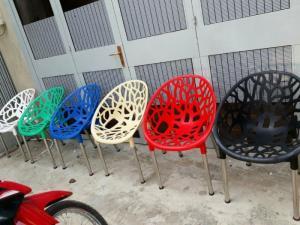 Bàn ghế táo cafe  giá rẻ tại xưởng sản xuất HGH 0005
