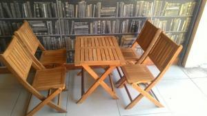 Bàn ghế cafe gổ xiêp giá rẻ HGH 00044