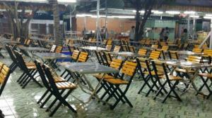 Bàn ghế gỗ xếp quán nhậu giá rẻ tại xưởng sản xuất HGH 00018đồ
