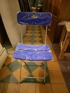 Ghế xếp màu xanh dương