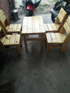 Bàn ghế gỗ kinh doanh cafe giá tốt