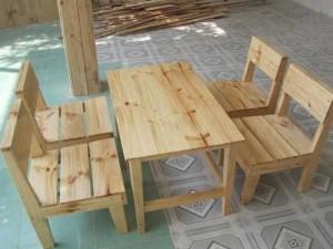 Bộ bàn ghế gỗ thấp kinh doanh quán ăn tiện lợi