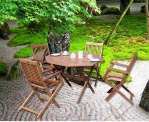 Bộ bàn ghế xếp gỗ dùng để uống trà ngoài trời