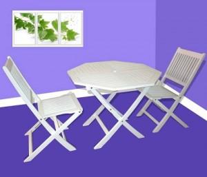 Bàn ghế gỗ xếp màu trắng tinh khôi