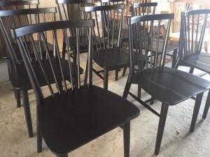 Cần thanh lý gấp lô ghế gỗ màu đen