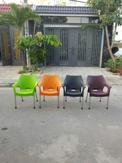 Xã hàng ghế nhựa nữ hoàng giá rẻ
