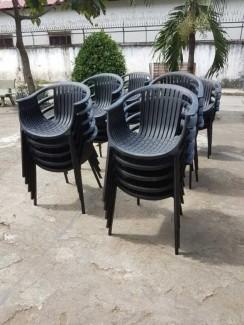 Xã hàng lô ghế nhựa cho kinh doanh quán cafe
