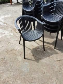 Ghế nhựa mới lạ phong cách