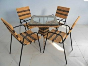 Bộ bàn ghế mây cafe bàn mặt kính