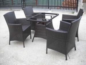 Bộ bàn ghế nhựa giả mây bàn vuông