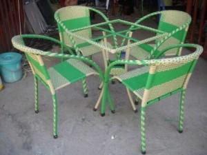 Bộ bàn ghế nhựa giả mây, bàn vuông