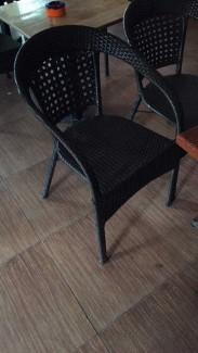 Ghế nhựa giả mây giá rẻ cho quán cafe sân vườn