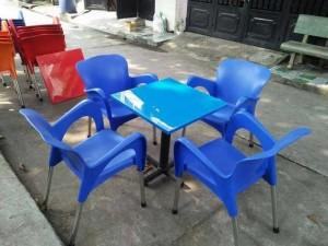 Ghế nhựa màu cam giá rẻ
