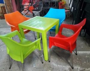 Xả kho bộ bàn ghế nhựa giá rẻ