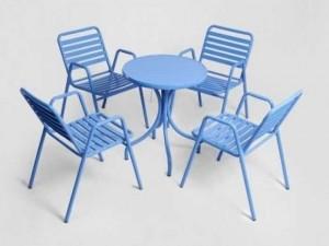 Bàn ghế khung sắt màu xanh dương