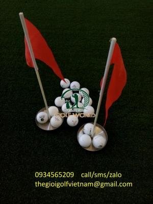 Bộ cờ và lỗ golf mini
