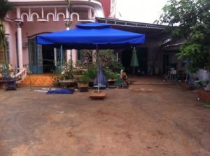 Bàn ghế sopha, ô dù gổ giá rẻ tại xưởng sản xuất HGH 000339