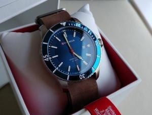 Đồng hồ Wenger 01.0641.121