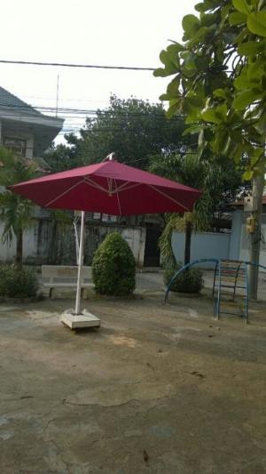 bàn ghế ô dù cafe giá rẻ tại xưởng sản xuất 00062