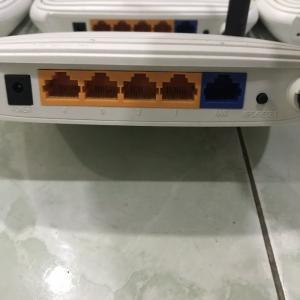 2019-01-02 19:48:15  2  Combo 10 thiết bị Router Wifi Tp-Link TL-WR740N (ver4-ver5) Đã qua sử dụng, BẢO HÀNH 1 THÁNG 800,000