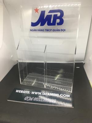 Kệ tờ rơi mica đang bán phổ biến khắp thị trường