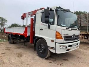 Xe tải Hino 8 tấn gắn cẩu unic theo yêu cầu