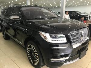 Lincoln Navigator Black Label 2019,màu đen...