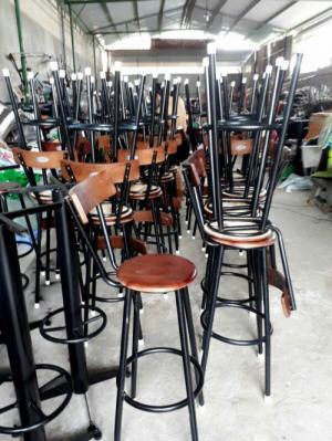 Bàn ghế quầy ba giá rẻ tại xưởng sản xuất HGH 318