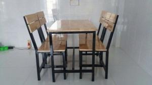 bàn ghế gổ quán nhậu giá rẻ tại xưởng sản xuất HGH 112