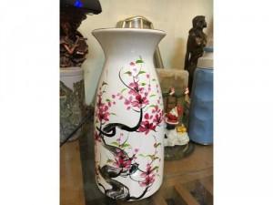 Lọ hoa sứ sơn mài vẽ tay cực chất, màu sắc tươi sáng, sinh động, giống như một bức tranh,  kt cao 23cm, dáng vững chãi, phù hợp để bàn