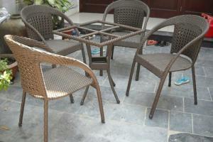bàn ghế cafe mây nhựa giá rẻ tại xưởng sản xuất HGH 144