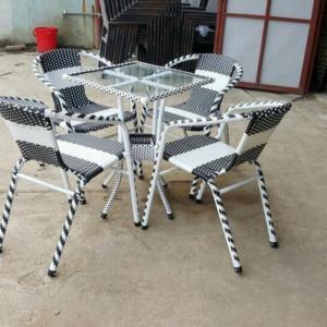bàn ghế cafe mây nhựa giá rẻ tại xưởng sản xuất HGH 146