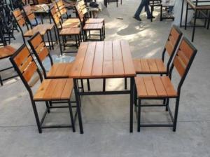 Bàn ghế gổ quán nhậu giá rẻ tại xưởng sản xuất HGH 434