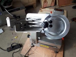 Máy cắt thịt bò úc đông lạnh, máy cắt thịt bò tự động, máy cắt thịt heo, thịt bò dạng đông lạnh