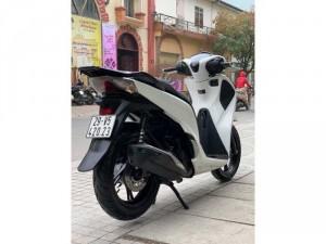 Bán SH Việt 125 CBS 2017 màu Trắng quá đẹp- Biển Hà Nội Bảo hành xe 1 năm