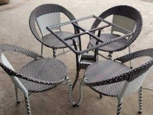 Bàn ghế cafe giá tại xưởng sản xuất HGH