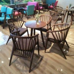 bàn ghế gỗ cafe giá rẻ tại xưởng sản xuất HGH 461