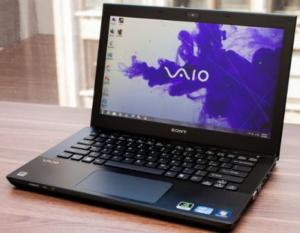 Laptop nhập khẩu – Sony SVS 13 Corei5-3230m/ram 4 gb/ ổ 500gb/ card màn hình rời 2gb  mới 99%