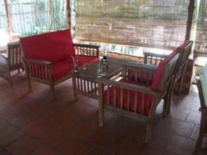 bàn ghế sopha giá rẻ tại xưởng sản xuất HGH 479